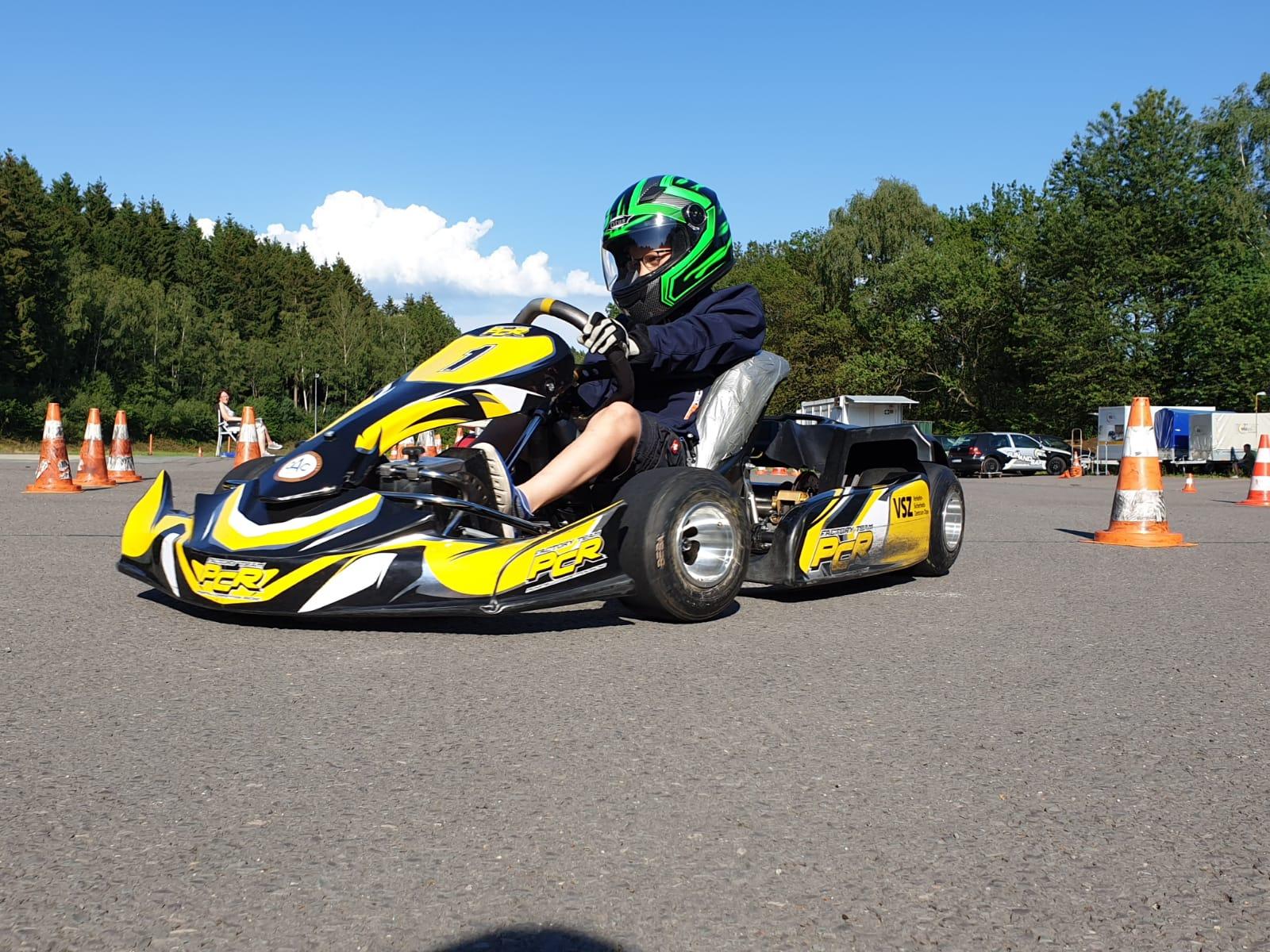 Der mit 7 Jahren jüngste Fahrer des Olper AC Titus Beckmann